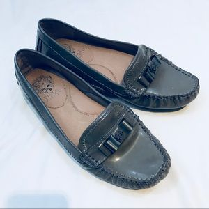 Vince Camuto gray patent leather palmira loafers